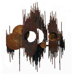 SINAMAICA Material: Hierro Medidas: Mediano formato Lía Bermúdez