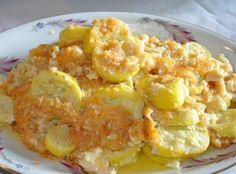 Yum... I'd Pinch That! | Yellow Squash Casserole Recipe
