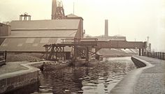Foggs Colliery on the Bolton to Bury canal Old Pictures, Old Photos, Bolton Lancashire, That Old Black Magic, Local History, Family History, Coal Mining, Bury, Small Towns
