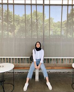 Hijab Fashion Summer, Modest Fashion Hijab, Stylish Hijab, Modern Hijab Fashion, Street Hijab Fashion, Casual Hijab Outfit, Hijab Fashion Inspiration, Muslim Fashion, Fashion Outfits