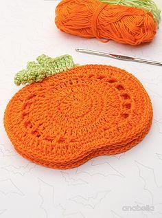 Crochet Pumpkin, Crochet Fall, Holiday Crochet, Crochet Cross, Free Crochet, Yarn Projects, Crochet Projects, Crochet Hot Pads, Halloween Crochet Patterns