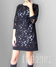 I love this shillouette. Especially in lace!