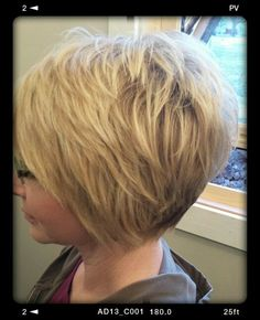 "Cute short cut [ ""Those short short layers at the crown."", ""Cute but with longer layers on top"", ""I love this"" ] # # #Short #Shorts, # #Cute #Shorts, # #Short #Layers, # #Short #Cuts, # #The #Crown, # #Cute #Short #Haircuts, # #Crowns, # #Fine #Hair, # #Bob #Hairstyles"