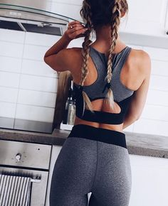 2018 New Fashion Women's Fitness High Waist Workout Set Printed Crop Top Elastic Leggings Pants Tracksuit Sporting Activewear Top Fitness, Sport Fitness, Enjoy Fitness, Black Fitness, Fitness Wear, Fitness Diet, Fitness Goals, Health Fitness, Workout Attire