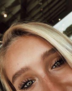 – Beauty – - Makeup Tips Highlighting Charlotte Tilbury, Makeup Trends, Makeup Inspo, Makeup Inspiration, Bath Body Works, Makeup Goals, Makeup Tips, Drugstore Makeup, Makeup Products