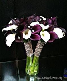 Wedding Bouquets Winter White Calla Lilies Ideas For 2019 Red Bouquet Wedding, White Wedding Flowers, Bride Bouquets, Floral Bouquets, Purple Wedding, Wedding Colors, Lily Wedding, Wedding White, Calla Lillies