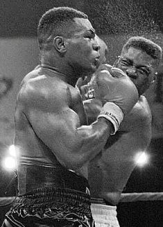 Boxing Training, Boxing Workout, Mike Tyson Quotes, Boxing Images, Professional Boxing, Heavyweight Boxing, Mma Gym, Ufc Boxing, Boxing History