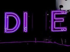 die, grunge, and neon image Violet Aesthetic, Dark Purple Aesthetic, Neon Aesthetic, Aesthetic Black, Neon Purple, Purple Walls, Purple Rain, Pink Blue, Grunge