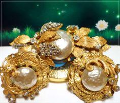 MIRIAM HASKELL Brooch Earring Set DESIGNER SIGNED Gold Filigree Baroque Pearl