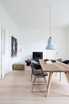 FOTOSPECIAL. Binnenkijken in witte interieurs met warme... (7) - De Standaard