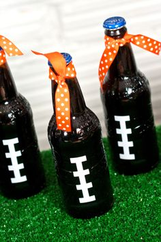 Fun football decorations-- tiny tots tailgating party by Christy Whitehead Photography | Two Bright Lights :: Blog