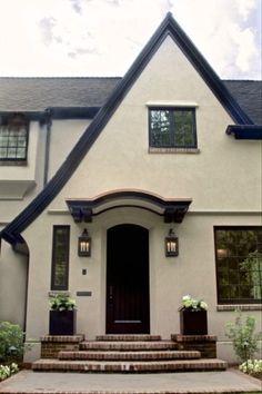 tudor exterior paint colors best stucco house colors ideas on exterior exterior paint colors for english tudor homes Stucco Homes, Stucco Exterior, Modern Exterior, Exterior Design, Garage Exterior, Garage Doors, Modern Garage, Stucco Siding, Exterior Windows