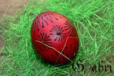 kraslice, malování voskem Egg Decorating, Poland, Easter Eggs, Home Decor, Decoration Home, Room Decor, Home Interior Design, Home Decoration, Interior Design