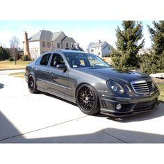 Mercedes Car Models, Mercedes Girl, Mercedes Black, Mercedes E Class, Mercedes E55 Amg, Mercedes Benz Wallpaper, Merc Benz, E63 Amg, Mercedez Benz