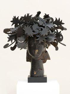 Ada 2008.  Manolo Valdés Modern Sculpture, Lion Sculpture, Great Artists, Statue, Iron, Toddler Girls, Contemporary Artists, South America, Sculptures