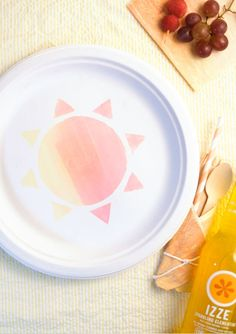 DIY Painted Party Paper Plates -