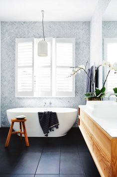 bath / bathroom / interior / interior design / house / minimalist