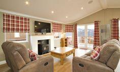 Luxury hot tub lodge at Loch Lomond - 2 Bed