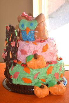 Vintage Autumn Birthday Party: Owl Cake - woodland - pumpkins - apples - fall - leaves - tree