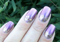 Rakkaus Kynsiin: Violettia ja kultaa