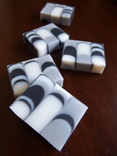 From a Japanese web site. Great soap designs.