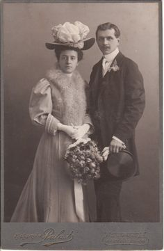 VIENNA COUPLE