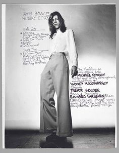 David Bowie (photo by Brian Ward). Back cover of Hunky Dory (my favourite Bowie album) Hunky Dory Album, Trevor Bolder, David Bowie Hunky Dory, The Thin White Duke, Tribute, Major Tom, Iggy Pop, Life On Mars, Ziggy Stardust