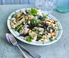 This triple-tested halloumi salad is complimented by a houmous dressing and natural yoghurt. Ideal for serving in the summer months. Fig Salad, Halloumi Salad, Superfood Salad, Fennel Salad, Summer Salad Recipes, Summer Salads, Veggie Recipes, Lunch Recipes, Healthy Recipes
