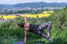 Pilates - Side Bend pose variation