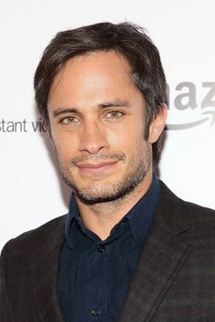 Gael Garcia Bernal Photos - Actor Gael Garcia Bernal attends 'Mozart In The Jungle' New York Series Premiere at Alice Tully Hall at Lincoln Center on December 2, 2014 in New York City. - 'Mozart in the Jungle' Premieres in NYC