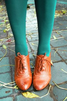Teal Tights & Brogues = Autumn Lovelyness