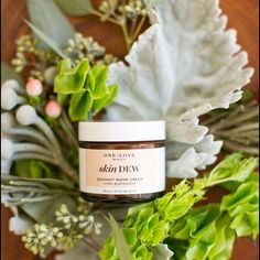 We're going green with our skin care routine! This year for St. Patrick's Day wear something green in a different way! Our favorite {locally made} skin care company @oneloveorganics is all about green beauty...all natural and environmentally conscious. Swing by @twofriends_stsimons to see their latest product launch Skin Dew. A fabulous coconut water moisturizer! We're in love! #tfssi #stsimonsisland #seaisland #goldenisles #localartisans #greenbeauty #allnatural #skincare #shoplocal…