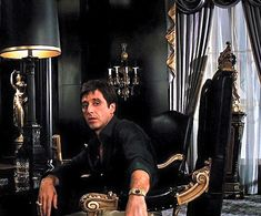 Al Pacino's role as Tony Montana is superb Scarface Poster, Scarface Movie, Scarface Quotes, Al Pacino, The Godfather Wallpaper, Donnie Brasco, Gangster Movies, Film Serie, Retro Aesthetic