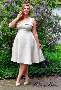⌘   Plus Size   BBW   Elly Dress - Ivory Pearlized Jacquard