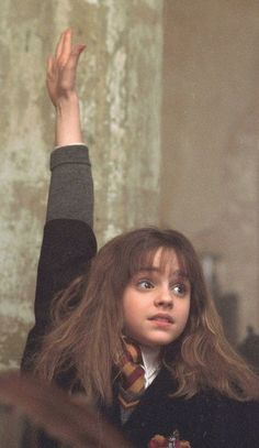 Harry Potter Hermione, Hermione Granger, Estilo Harry Potter, Harry Potter Tops, Arte Do Harry Potter, Harry Potter Pictures, Harry Potter Tumblr, Harry Potter Movies, Wallpaper Harry Potter