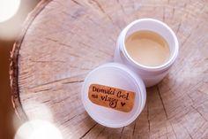 Jak si vyrobit vlasový gel ze 3 ingrediencí Body Care, Cosmetics, Homemade, Tableware, Cleaning, Diy, Dinnerware, Home Made, Bricolage