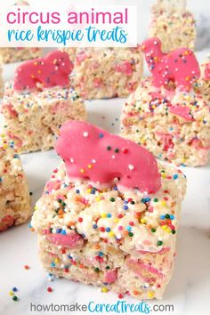 These fun Circus Animal Cookie Rice Krispie treats are loaded with pink and white Circus Animal Cookies and lots of rainbow nonpareils. To make them even more fun each marshmallow cereal bar is topped with a Circus Animal Cookie too. Rice Krispies, Healthy Rice Krispie Treats, Chocolate Rice Crispy Treats, Rice Krispy Treats Recipe, Rice Krispie Treats Variations, Gluten Free Peanut Butter, Healthy Peanut Butter, Healthy Food, Graham Crackers