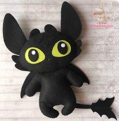 How To Train Your Dragon felt idea Felt Crafts Diy, Felt Diy, Polymer Clay Crafts, Sewing Crafts, Cute Crafts, Sewing Projects, Felt Animal Patterns, Stuffed Animal Patterns, Felt Fabric