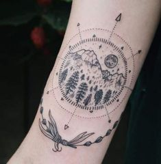 37 Inspirational Moon Tattoo Designs with Images Foot Tattoos, Forearm Tattoos, Sleeve Tattoos, Trendy Tattoos, New Tattoos, Tattoos For Guys, Tatoos, Tattoos For Women Small, Small Tattoos