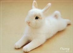 Felted snow rabbit 1
