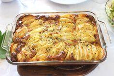 Hoy os traigo un plato del recetario de cocina judía. Kugel es una variedad de platos cocinados al horno y pueden ser platos princ...