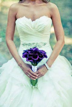 Purple wedding bouquet and sweetheart drill lace top Wedding Mood Board, Wedding Pics, Wedding Bells, Wedding Engagement, Our Wedding, Dream Wedding, Wedding Groom, Purple Wedding Bouquets, Wedding Dresses