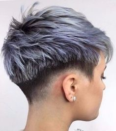 Pixie Haircut ideas for round, square and diamond face. We have selected 100 pixie haircut photos that will help you to choose the best for you. Pixie Bob Haircut, Short Pixie Haircuts, Pixie Hairstyles, Cool Hairstyles, Medium Hairstyles, Spring Hairstyles, Short Shaved Hairstyles, Layered Haircuts, Bridal Hairstyles