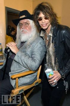 Leon Russell and Steven Tyler (The Aerosmith). Music Icon, My Music, Steven Tylor, Leon Russell, Steven Tyler Aerosmith, Classic Rock And Roll, Joe Cocker, Rock Legends, Music Photo
