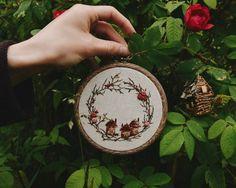 2,833 вподобань, 13 коментарів – Ellen Tyn (@liskin_dol) в Instagram: «This small embroidered fairy village is available on foxychest.etsy.com now! . #vsco #vscocam…»