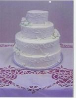 Wedding White Round Elegant Classic Cake in Florida