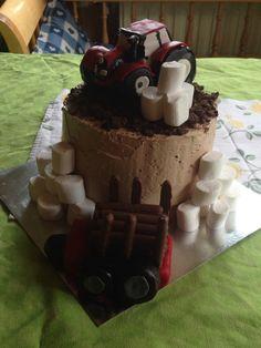 Traktortårta. Kladkake bottnar med bär och marbo kräm Tart, Desserts, Food, Tailgate Desserts, Deserts, Pie, Essen, Tarts, Postres