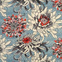Tissu crêpe bleu grosses fleurs beige et rose - Mondial Tissus