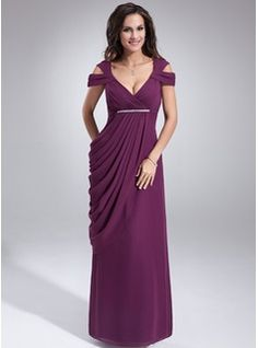 Sheath/Column V-neck Floor-Length Chiffon Mother of the Bride Dress With Ruffle Beading (008021115) - JJsHouse