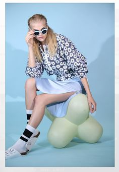 FASHION on Behance Commercial Photography, Editorial Fashion, White Jeans, Behance, Nyc, Model, Scale Model, Pattern
